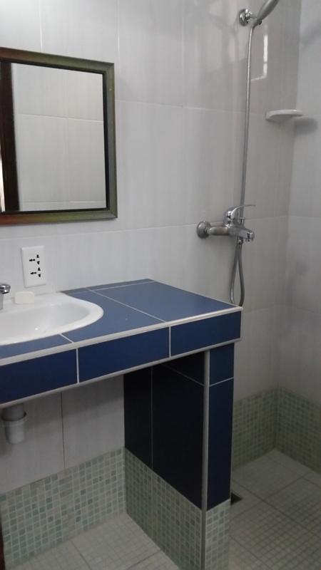 Baño Hostal Peregrino Vedado